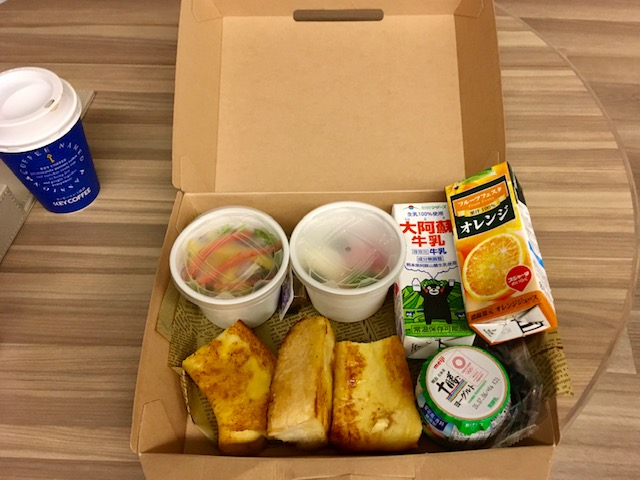 コートヤード大阪本町 朝食BOX