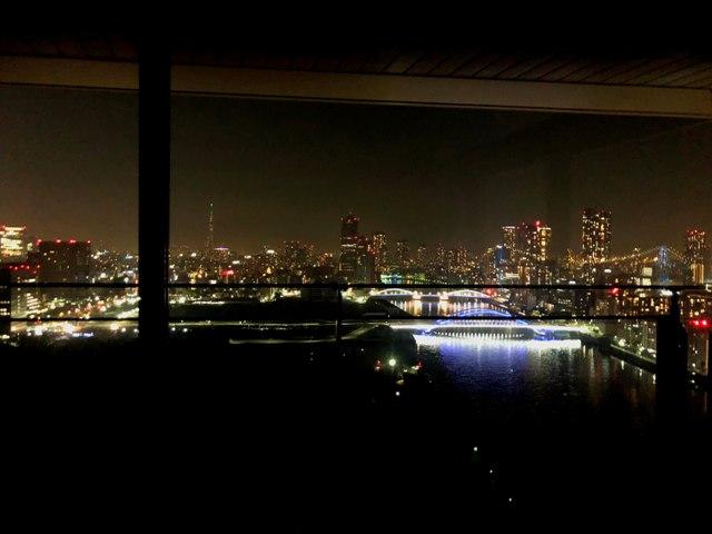 メズム東京の夜景